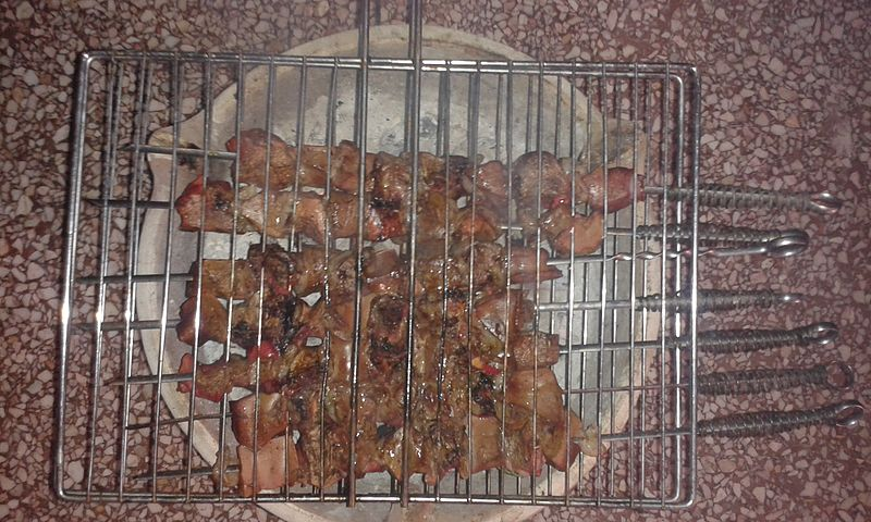 Eid-al-Adha_Boulfaf,_el_katban,Moroccan_kebab_02