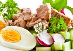 salad-with-egg-and-meat